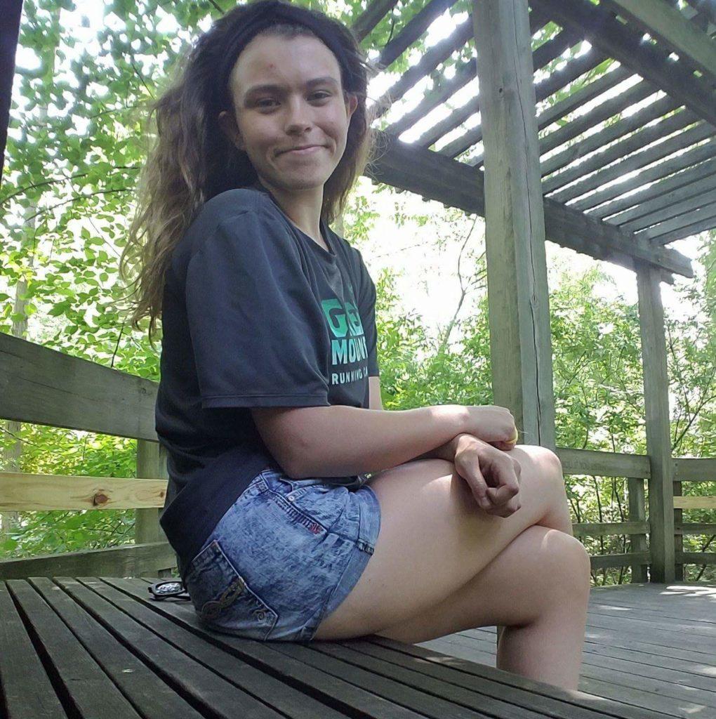 Sarah Hurley (B.S/M.S Student) sarah.hurley[at]uconn.edu